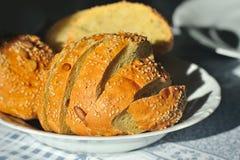 Włoski chleb z otręby na talerzu zdjęcie royalty free