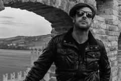 Włoski facet z okularami przeciwsłonecznymi Fotografia Stock