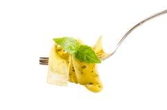 Włoski makaron na rozwidleniu odizolowywającym na bielu Zdjęcia Stock