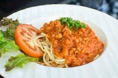 Włoski spaghetti nakrywający z bolognaise lub Bolognese, kumberlandów wi Fotografia Royalty Free