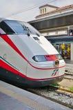 Włoski wysoki prędkość pociąg przy Wenecja stacją fotografia royalty free