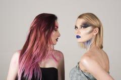 Włosy i fryzura Kobiety z długim barwidło włosy i kreatywnie makeup Włosiana opieka Kocham zdrowego włosy fotografia royalty free