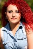 Włosy Projektująca dziewczyny moda Plenerowa zdjęcia stock