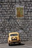 Włoszczyzna - Jugosłowiański rocznika samochód Obraz Royalty Free