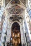 Wśrodku Łacińskiej katedry w Lviv obrazy royalty free