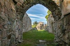 Wśrodku antycznej ruiny kamienny kościół Obraz Royalty Free
