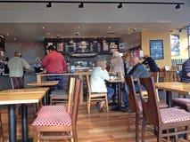 Wśrodku Costa kawowego sklepu obrazy royalty free