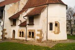 Wśrodku fortecznego kościół Harman, Brasov, Transylvania, Rumunia obraz stock