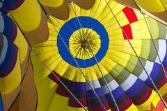 Wśrodku gorące powietrze balonu Obrazy Royalty Free