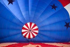 Wśrodku gorącego powietrza Balonowy dostawać przygotowywający Fotografia Royalty Free