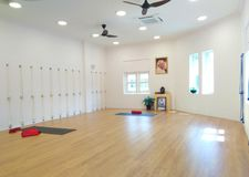 Wśrodku Iyengar joga studia zdjęcia stock