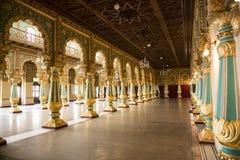 Wśrodku Mysore Royal Palace, India fotografia stock