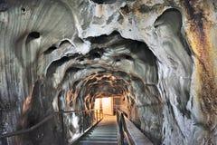 Wśrodku solankowej kopalni obraz royalty free