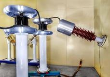 Wśrodku starego fabrycznego rękodzielniczego elektrycznego kabla przestarzały Fotografia Stock
