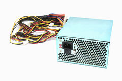 850W与缆绳和开关的电源单位我O,充分的ATX塔盒个人计算机的黑颜色有ioslated的凉快的大爱好者 库存照片