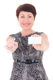 W średnim wieku żeński pośrednik w handlu nieruchomościami zdjęcia stock