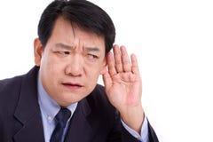 W średnim wieku dyrektora wykonawczego kierownik słucha zła wiadomość Obraz Royalty Free