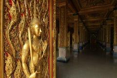 W świątyni tajlandzka sztuka zdjęcie stock