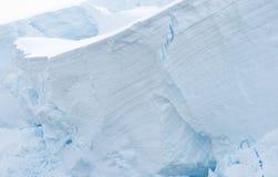 W Antarktycznym śnieżne góry Zdjęcie Royalty Free