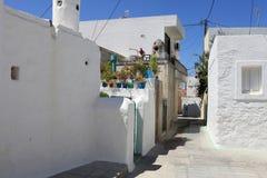 W Archangelos wiosce biały budynki obraz stock