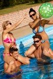 W basenie lato zabawa Obrazy Royalty Free