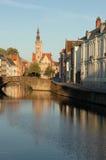 W Bruges bardzo wczesny poranek Zdjęcia Stock
