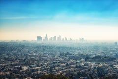 W centrum drapaczy chmur budynki i przedmieścia Los Angeles od Gr Zdjęcia Stock