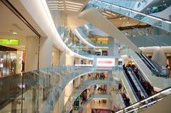 w centrum handlowym zakupów Fotografia Royalty Free