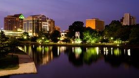 W centrum Huntsville pejzaż miejski scena, Alabama zdjęcia royalty free