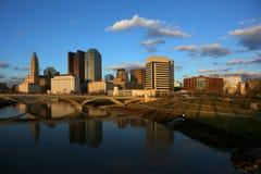 W centrum Kolumb, Ohio przy półmrokiem Zdjęcia Royalty Free
