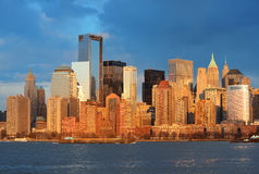 W centrum Manhattan linia horyzontu Obrazy Royalty Free