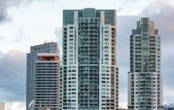 W centrum Miami drapacze chmur od Bayfront parka Zdjęcie Royalty Free