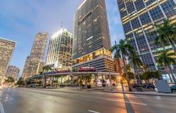 w centrum półmrok Miami Miasto budynki przeciw niebu zdjęcia royalty free