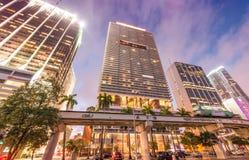 w centrum półmrok Miami Miasto budynki przeciw niebu obrazy stock