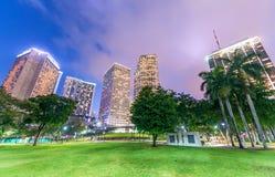 w centrum półmrok Miami Miasto budynki przeciw niebu zdjęcia stock