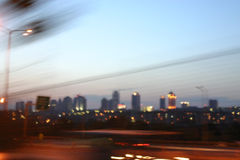 w centrum rozmyta Istanbul noc Zdjęcia Stock