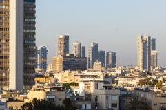 W centrum Tel Aviv linii horyzontu pejzaż miejski Zdjęcia Stock