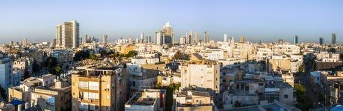 W centrum Tel Aviv linii horyzontu pejzażu miejskiego panorama Zdjęcie Stock