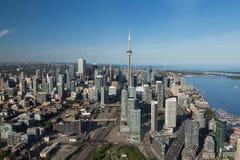 W centrum Toronto od powietrza Zdjęcia Stock