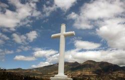 W Cotacachi kamienny Krzyż Zdjęcia Royalty Free