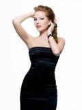 W czerń sukni piękna seksowna kobieta Obrazy Royalty Free