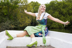 W Dirndl blondynki Kobieta Obraz Royalty Free
