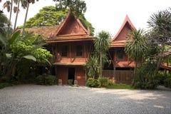 w domu tekowy tradycyjnego tajskiego Obraz Stock