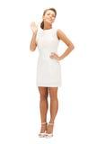W eleganckiej sukni urocza kobieta zdjęcia royalty free