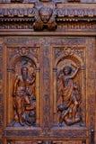 w górę drewnianego rzeźbiący zamknięty drzwi Zdjęcie Stock