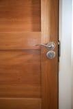 w górę drewnianego zamknięty drzwi Zdjęcia Stock
