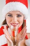 w górę kobiety szampana mienie zamknięty szklany Zdjęcia Stock