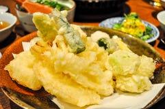 W g?r? tempura naczynia obraz stock