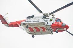 w górę widok zamknięty latający helikopter Obraz Royalty Free