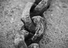 W górę wizerunku stary rdzewiejący łańcuch zdjęcie royalty free